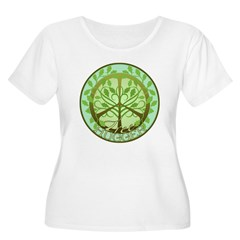 Peaceful Tree Hugger Women's Plus Size Scoop Neck T-Shirt