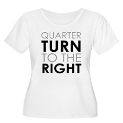 Quarter Turn Women's Plus Size Scoop Neck T-Shirt
